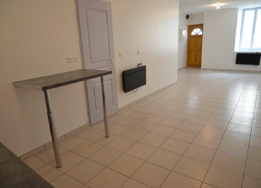 Maison à louer 84m2 à Pieusse