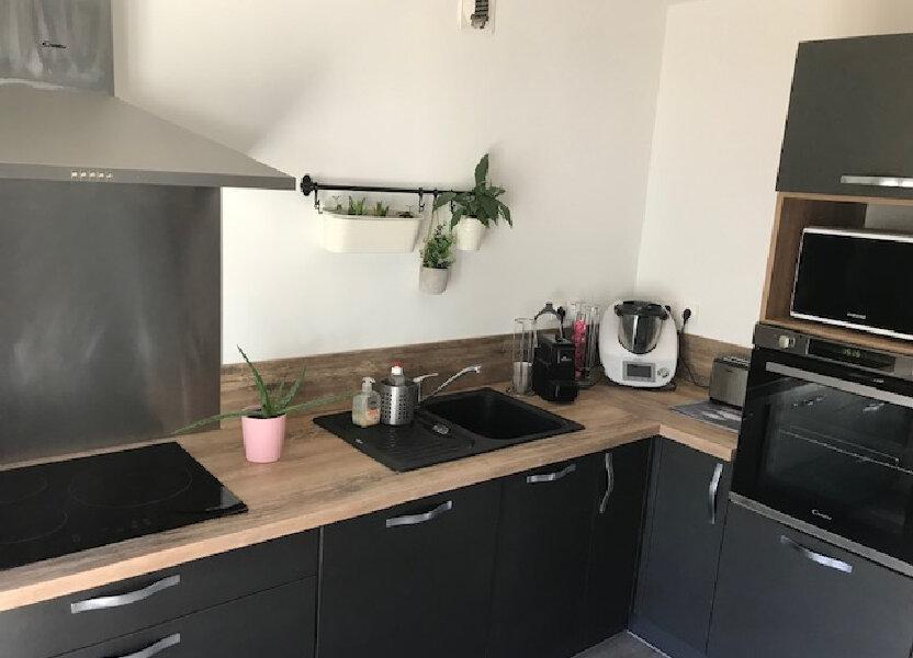 Appartement à louer 91.41m2 à Saint-Martin-de-Crau