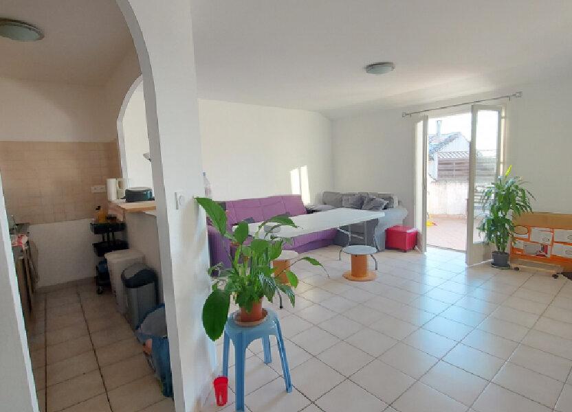 Appartement à louer 57m2 à Cabrières
