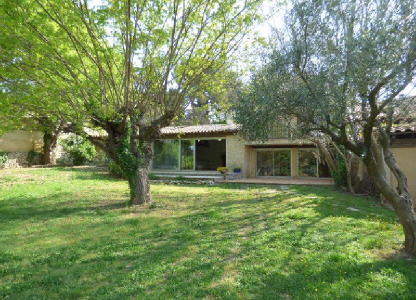 Maison à louer 210m2 à Cabrières