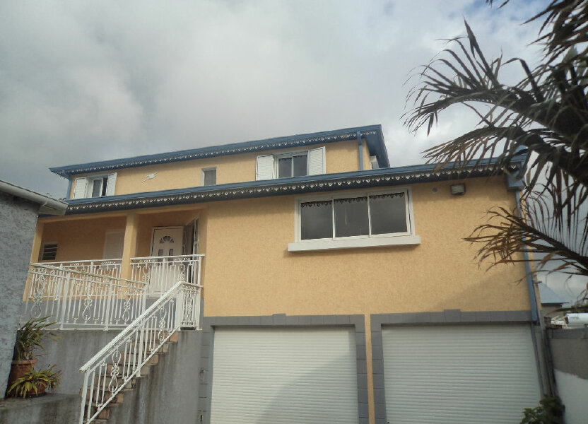 Maison à louer 150m2 à Le Tampon
