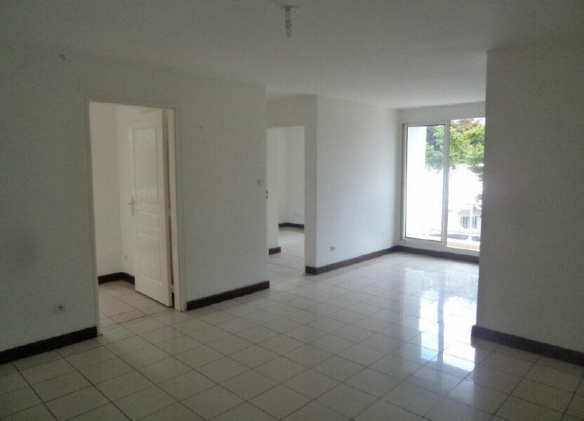 Appartement à louer 53m2 à Saint-Pierre