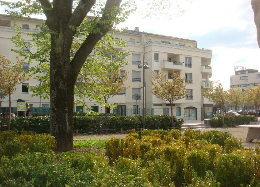 Appartement à louer 32m2 à Chassieu