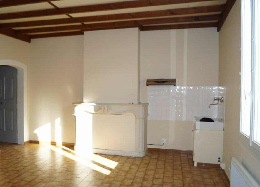 Appartement à louer 47m2 à Barbentane