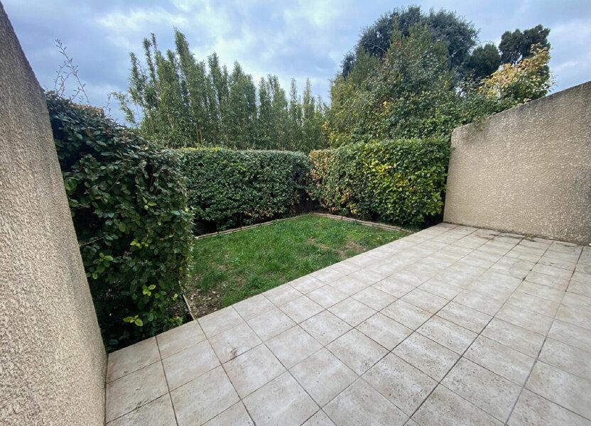 Maison à louer 72m2 à Rognonas