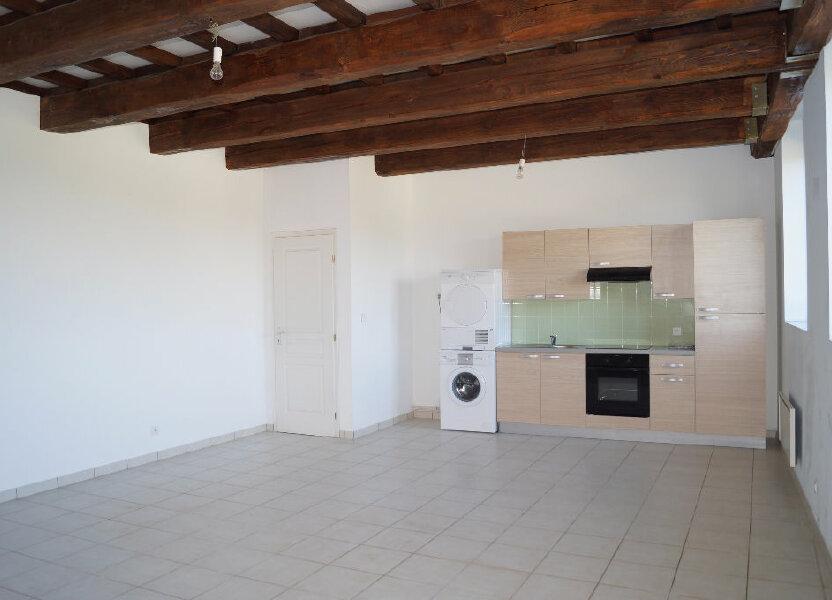 Appartement à louer 64m2 à Cheval-Blanc