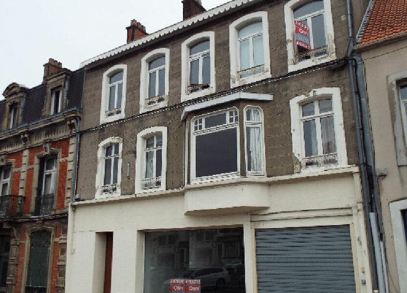 Immeuble à vendre 1300m2 à Desvres