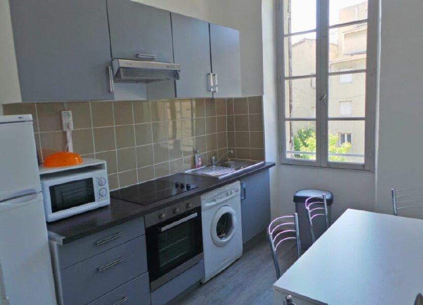 Appartement à louer 61m2 à Marseille 6