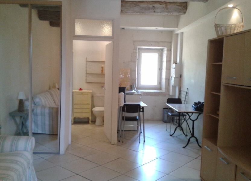 Appartement à louer 25m2 à Montfavet - Avignon