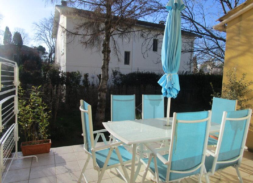 Maison à louer 92m2 à Montfavet - Avignon