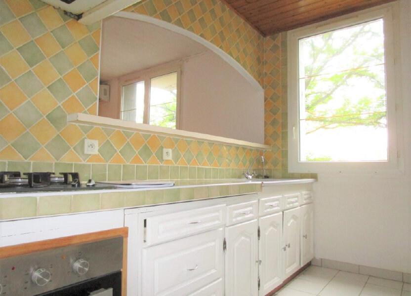 Appartement à louer 65.18m2 à Avignon