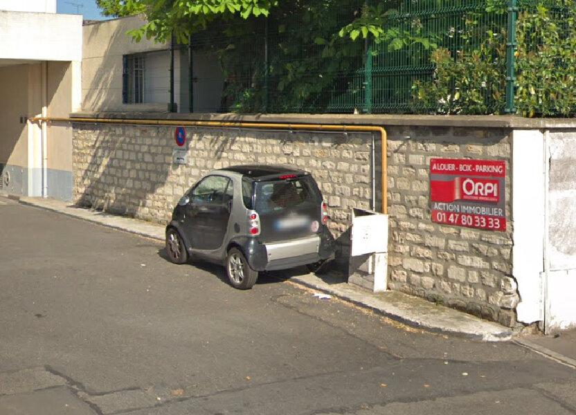 Stationnement à louer 9.45m2 à Colombes