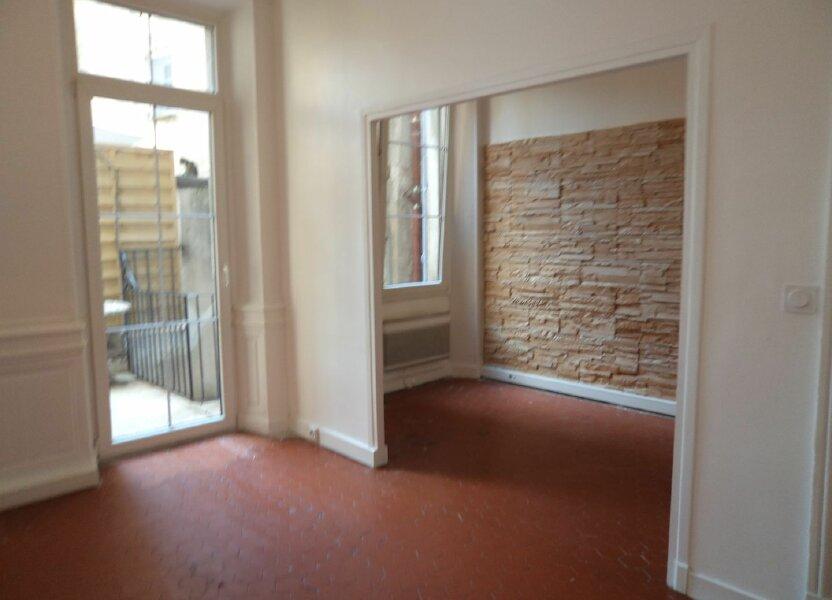 Appartement à louer 33m2 à Grasse