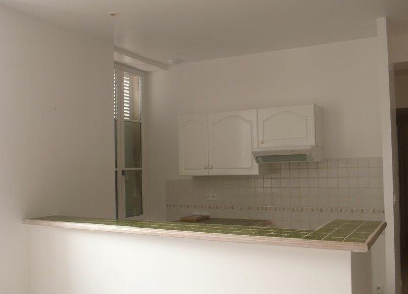 Appartement à louer 66m2 à Léré