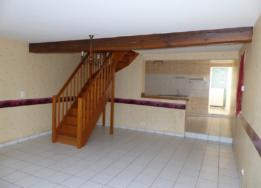 Appartement à louer 74m2 à Saint-Père