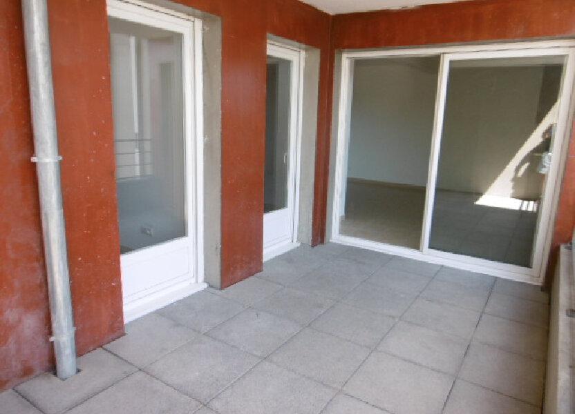 Appartement à louer 65.81m2 à Le Pontet