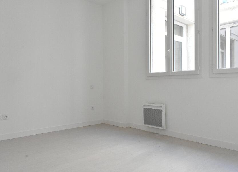 Appartement à louer 51m2 à Rochefort