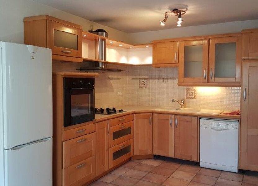 Appartement à louer 60m2 à Cruseilles