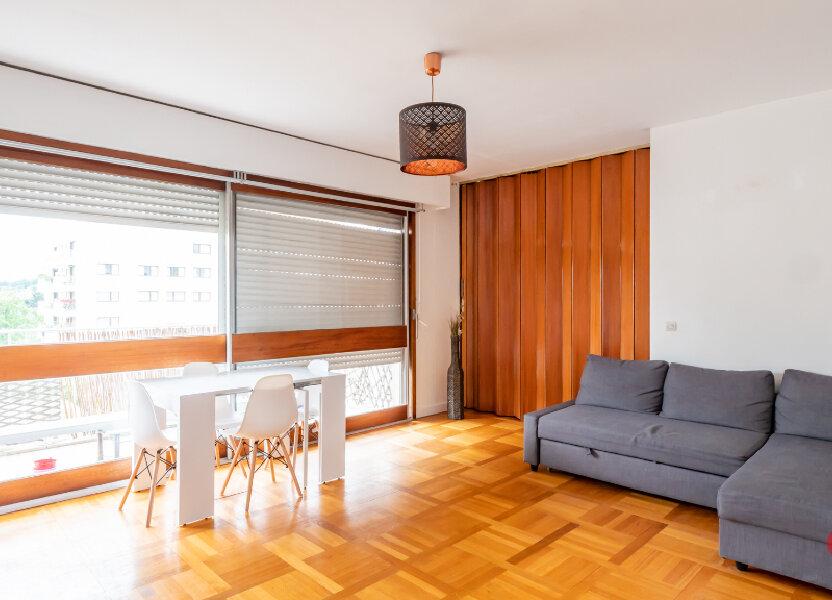Appartement à louer 78m2 à Garches