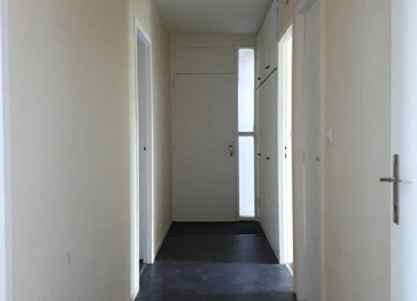 Appartement à louer 69m2 à Pessac