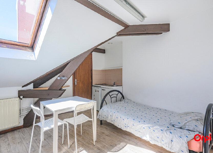 Appartement à louer 14.89m2 à Reims
