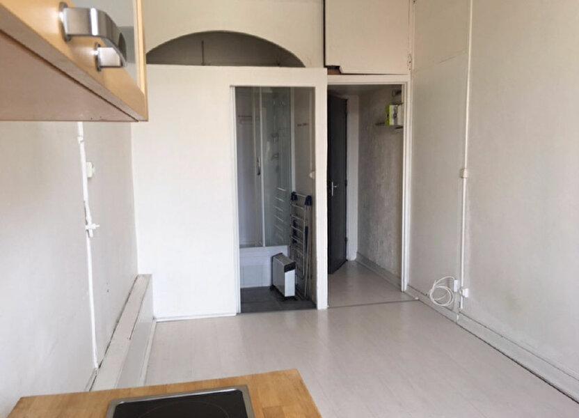 Appartement à louer 17.58m2 à Lyon 9