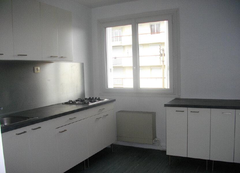 Appartement à louer 48m2 à Bourges