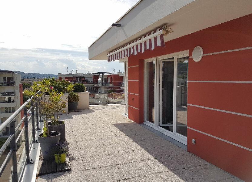 Appartement à louer 105m2 à Bourgoin-Jallieu
