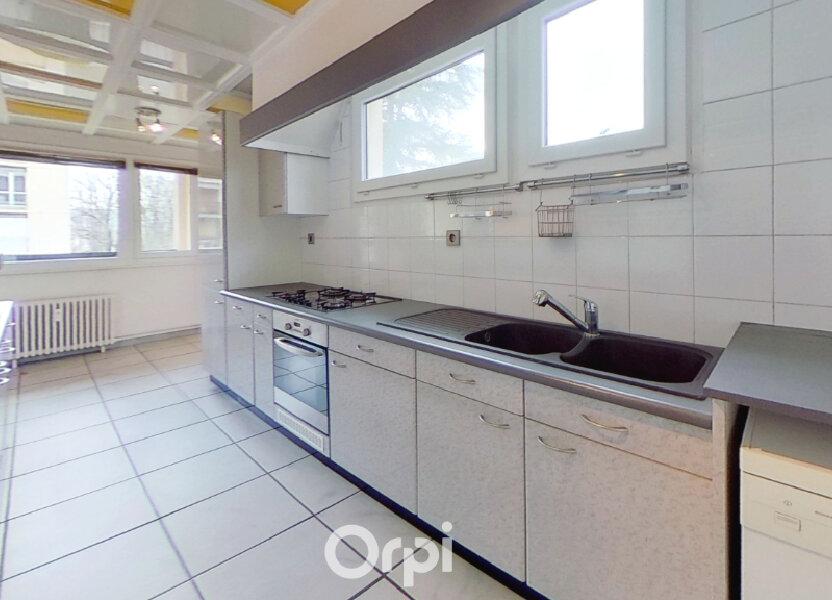 Appartement à louer 81.85m2 à Bourgoin-Jallieu