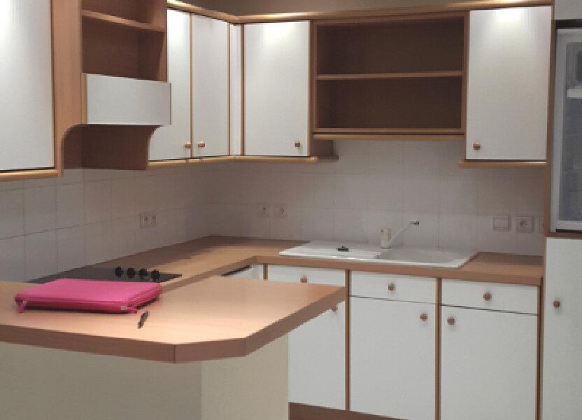 Appartement à louer 87.2m2 à Bourgoin-Jallieu