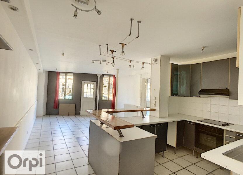 Appartement à louer 82.34m2 à Montluçon