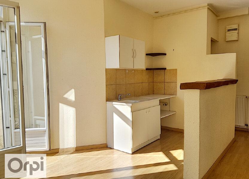 Appartement à louer 75m2 à Montluçon