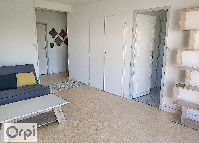 Appartement à louer 53.8m2 à Montluçon