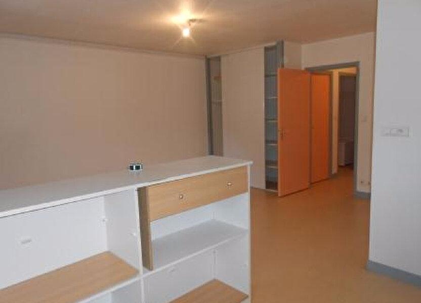 Appartement à louer 56m2 à Montmarault