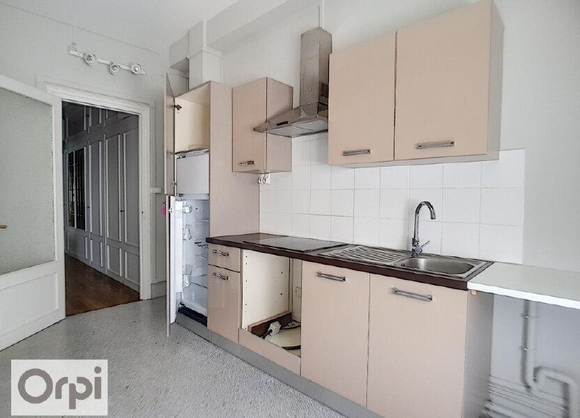 Appartement à louer 133.22m2 à Montluçon