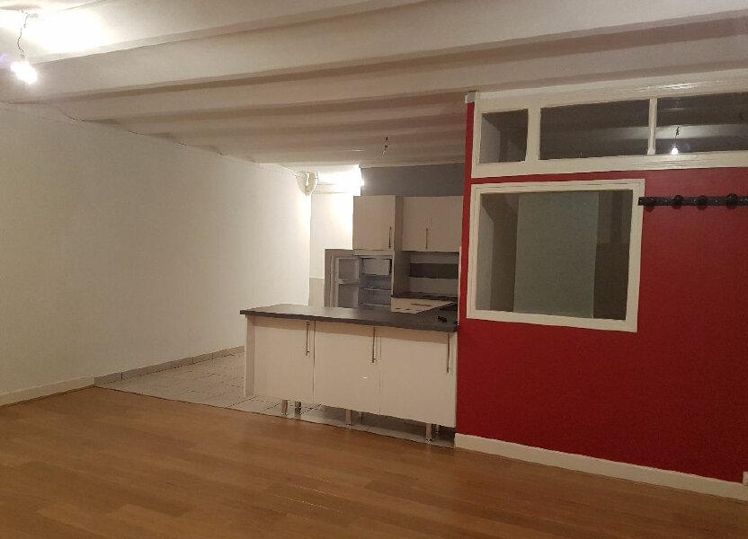 Appartement à louer 48m2 à Néris-les-Bains