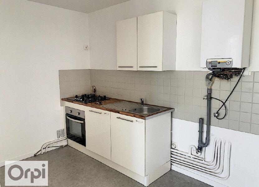 Appartement à louer 60.76m2 à Montluçon