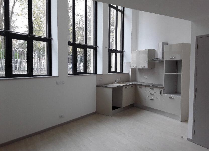 Appartement à louer 105m2 à Chatuzange-le-Goubet