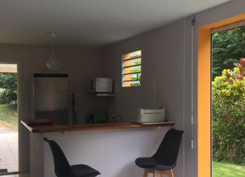 Appartement à louer 49m2 à Le Gosier