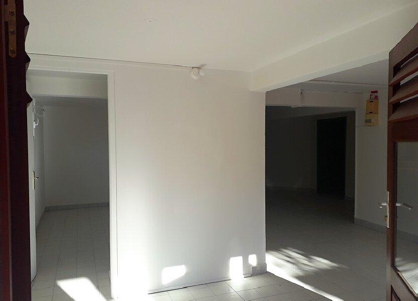 Maison à louer 62.71m2 à Sainte-Anne