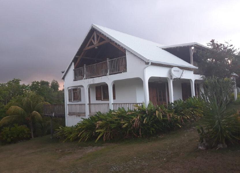 Maison à louer 130m2 à Sainte-Anne