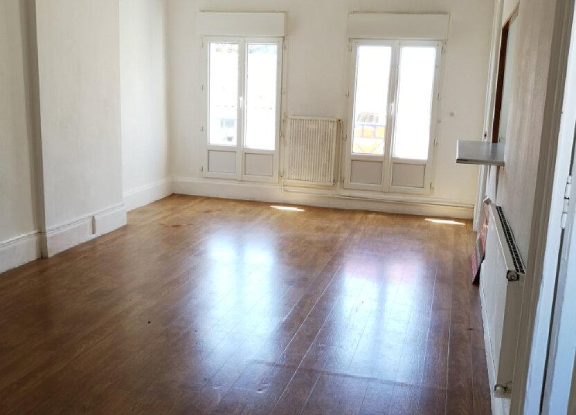 Appartement à louer 74.64m2 à Rochefort