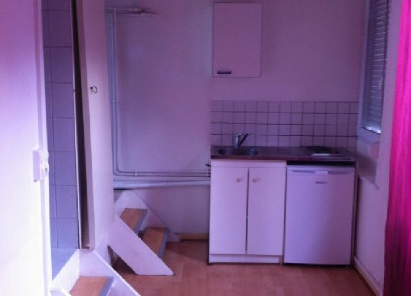 Appartement à louer 15.42m2 à Lille