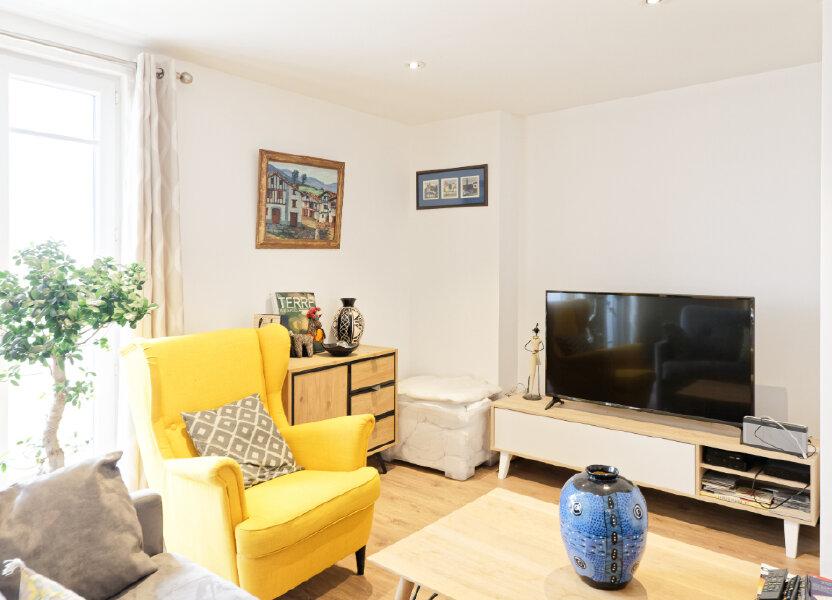 Appartement à louer 54.52m2 à Bayonne