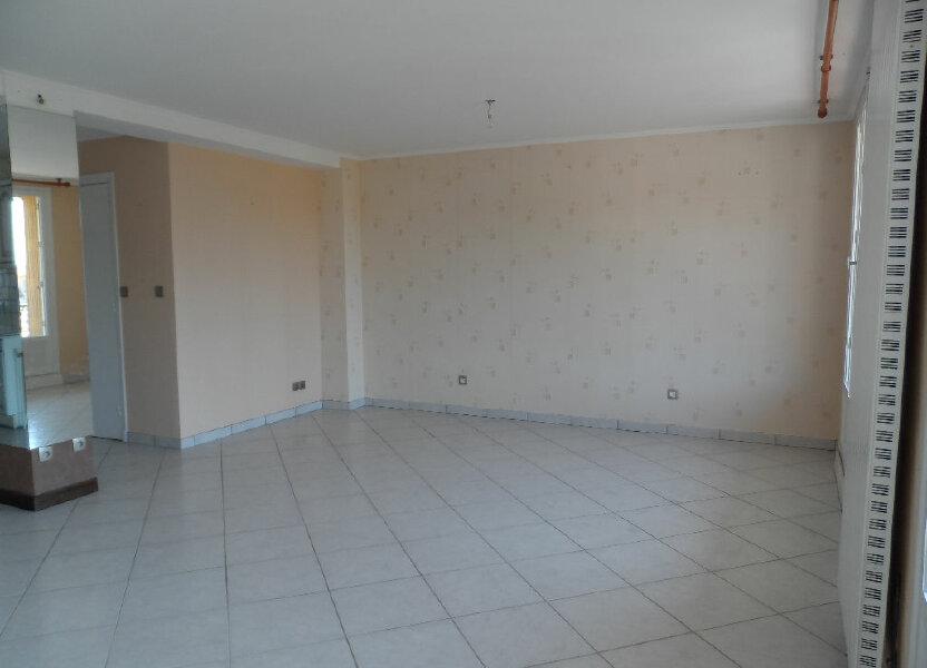 Appartement à louer 60.63m2 à Saint-Genis-Laval