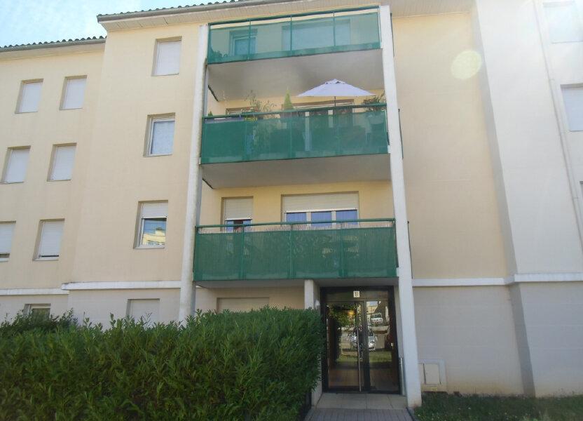 Appartement à louer 47.59m2 à Saint-Genis-Laval