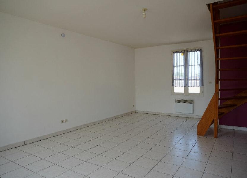 Appartement à louer 55.17m2 à Lorris