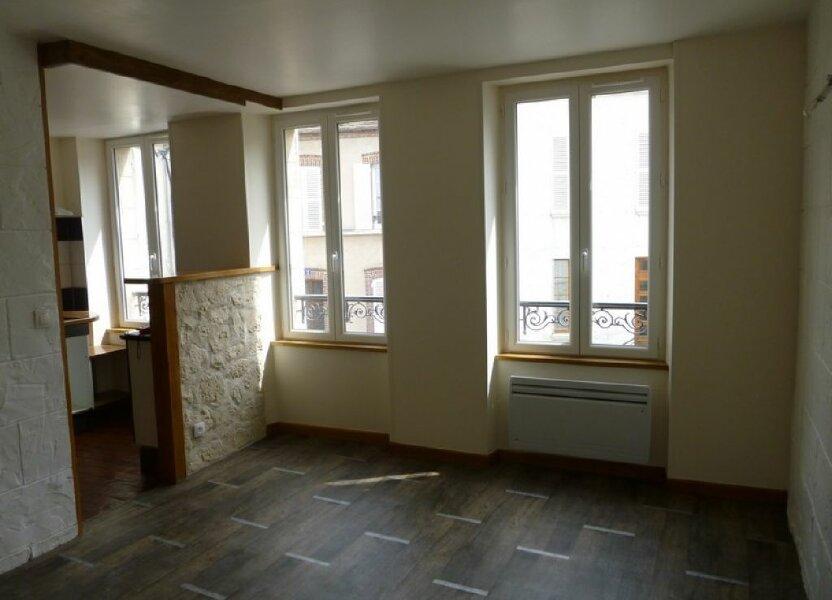 Maison à louer 56m2 à Châtillon-Coligny