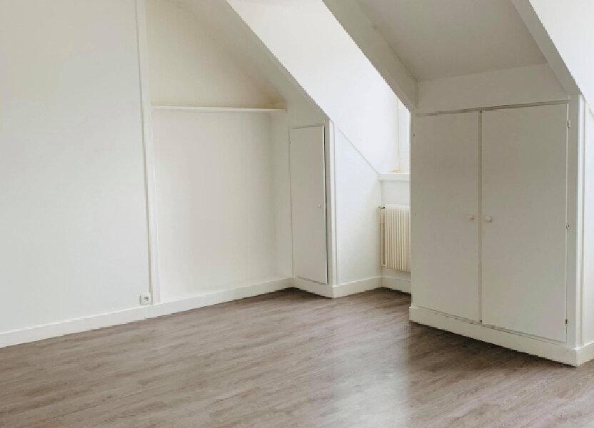 Appartement à louer 57.08m2 à Compiègne