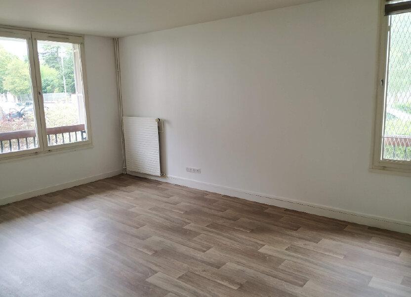 Appartement à louer 53.44m2 à Compiègne